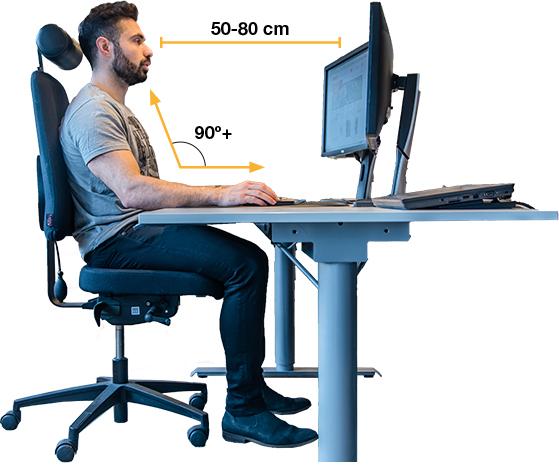 Oikeaoppinen työasento löytyy istumisen, seisomisen ja liikkumisen välimaastosta