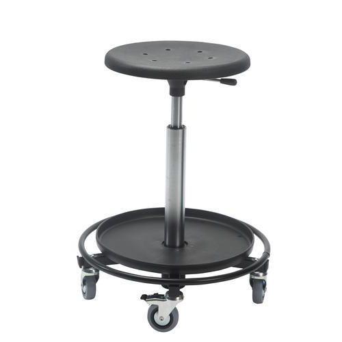Pyörällinen tuoli, korkea